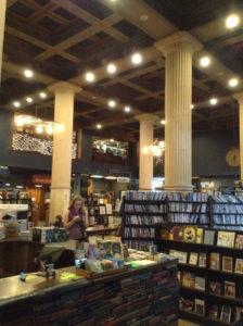Last bookstore 05