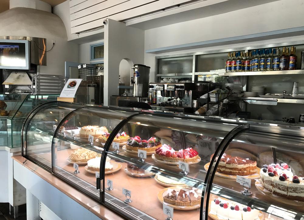 Amandine Cafe 13