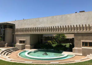 Hollyhock House 03